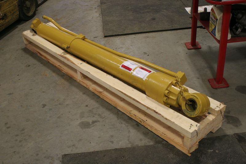 Caterpillar Hydraulic Cylinders - Heavy equipment parts