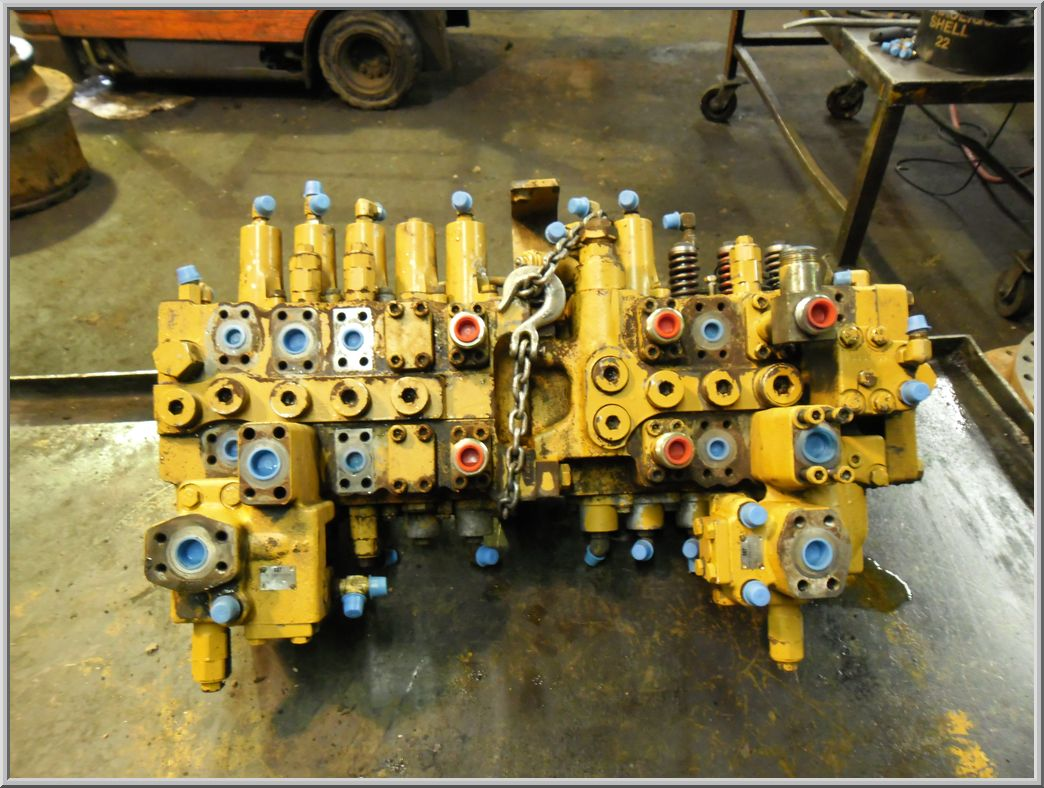 caterpillar control valves
