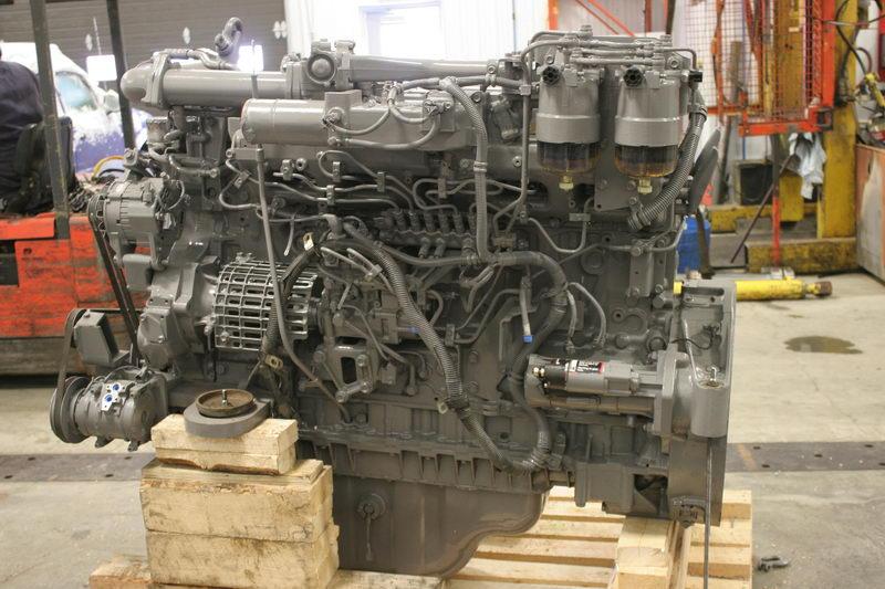 Engines - Heavy equipment parts
