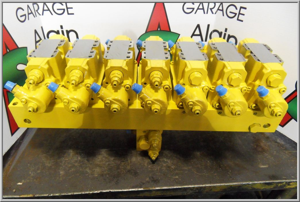 Main control valves - Heavy equipment parts