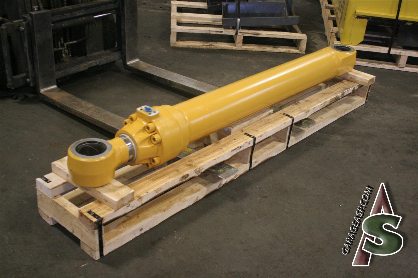 Deere Hydraulic Cylinders - Heavy equipment parts